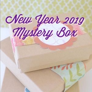 Other - 12 piece mystery box